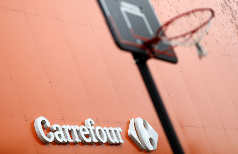 Carrefour Brazilian unit says being investigated for corruption: filin