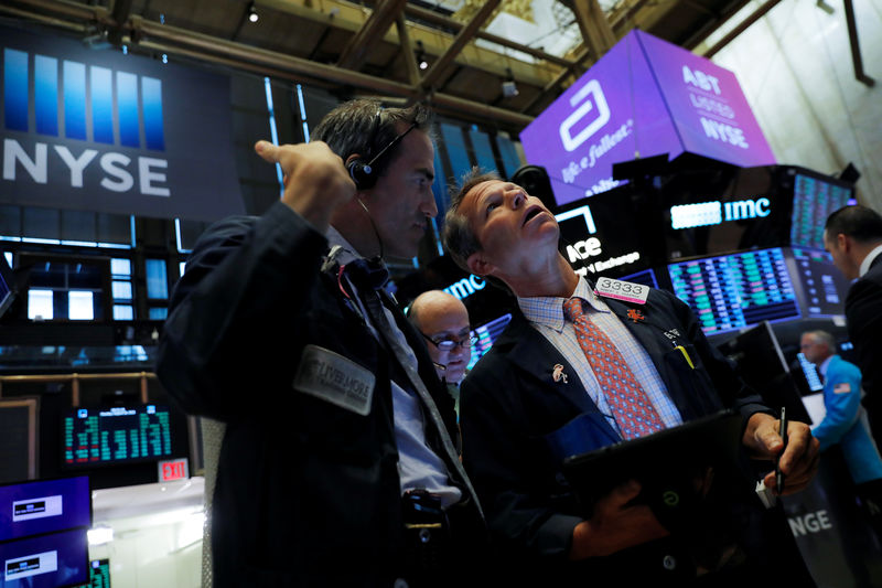 Wall Street bounces as trade temperature cools