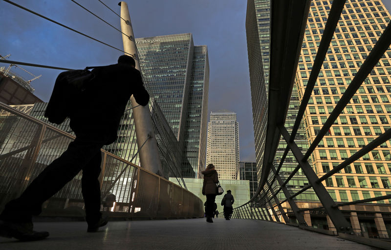 Act now to get ready for recession, think-tank urges Britain