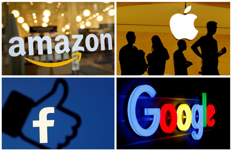 © Reuters. FILE PHOTO: FILE PHOTO: The logos of Amazon, Apple, Facebook and Google