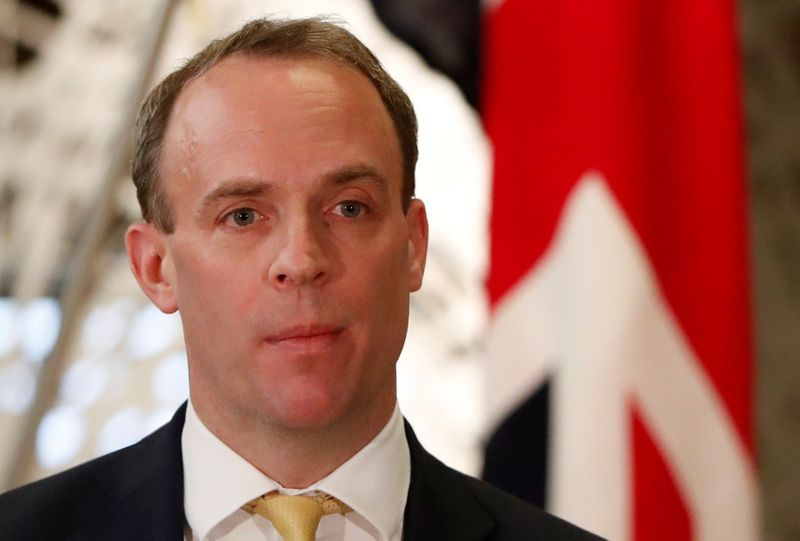 © Reuters. FILE PHOTO: British Foreign Secretary Dominic Raab attends their joint news conference with Japanese Foreign Minister Toshimitsu Motegi after their meeting in Tokyo, Japan