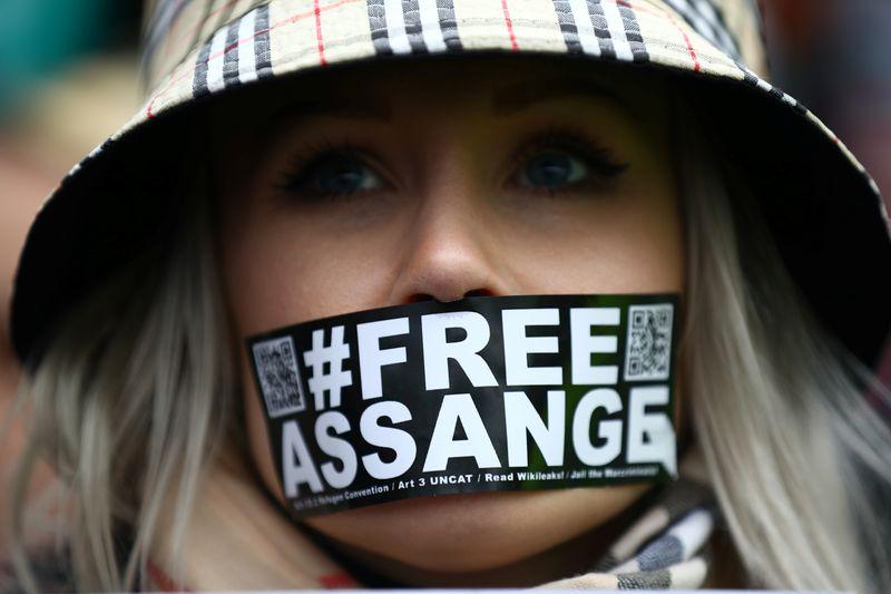 Assange devant la justice pour éviter d'être extradé aux USA