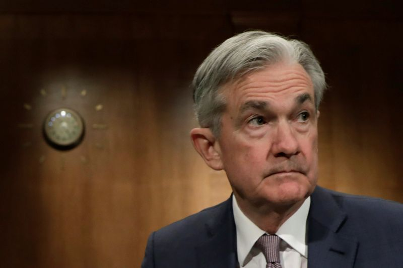 © Reuters. FILE PHOTO: Federal Reserve Chairman Jerome Powell testifies on Capitol Hill