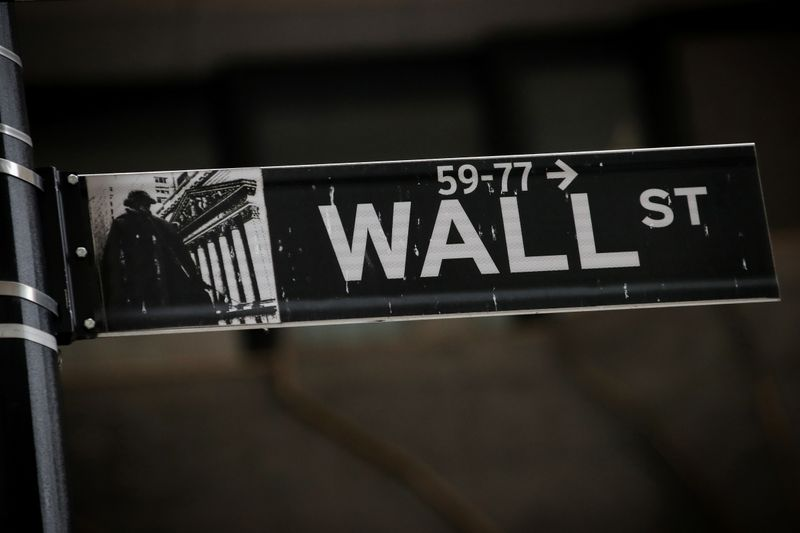 GLOB Wall Street in coronavirus contingency mode with staff, visitors, regulators By Reuters
