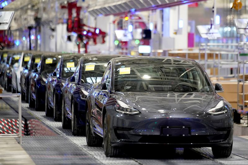Tesla's China sales hit record high in March: industry association