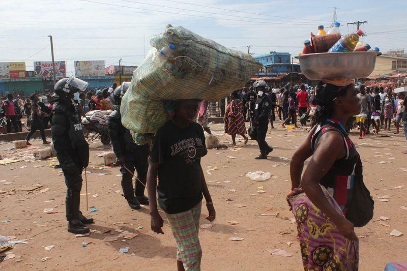 Liberia coronavirus lockdown off to chaotic start