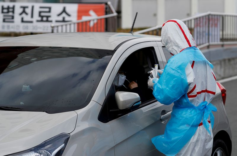 Exclusive: South Korea to ship 600,000 coronavirus testing kits to U.S. on Tuesday – source