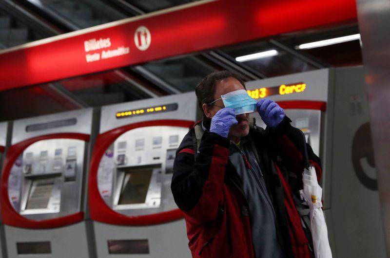 Spain loosens coronavirus lockdown, death toll passes 17,000 but pace slows