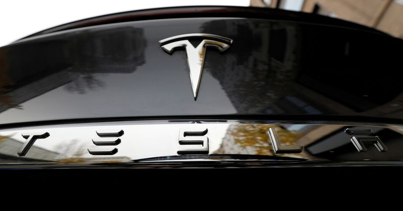 Tesla extends rally as traders bet on potential S&P 500 entry