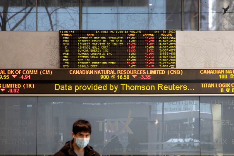 © Reuters. The number of novel coronavirus cases continues to grow in Toronto