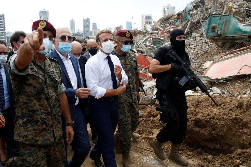© Reuters. MACRON MILITE EN FAVEUR D'UN GOUVERNEMENT DE TECHNOCRATES POUR SAUVER LE LIBAN