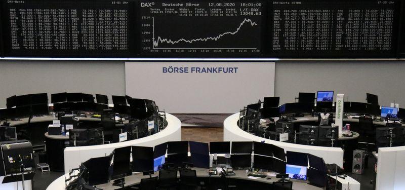 © Reuters. أسهم أوروبا تتراجع بفعل انخفاض شركات السياحة