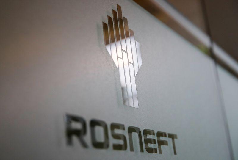 © Reuters. إنتاج روسنفت الروسية من النفط 4 ملايين ب/ي في الربع/2