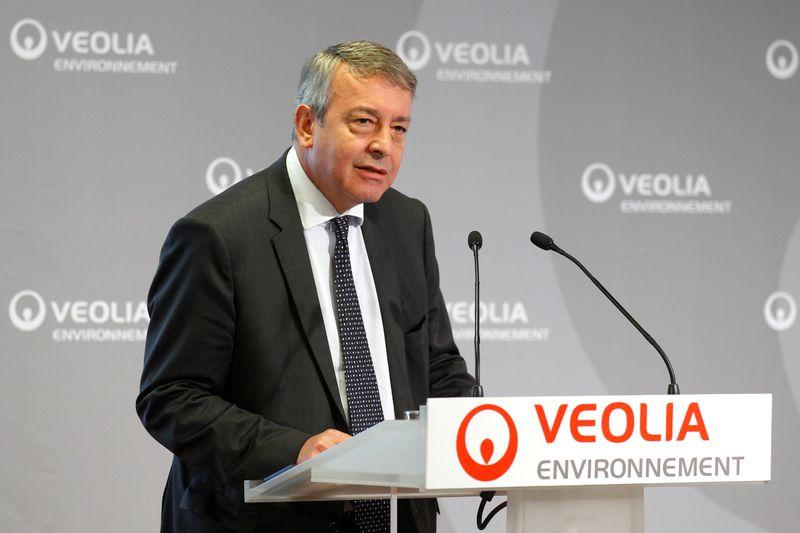 © Reuters. VEOLIA MAINTIENT SON OFFRE À ENGIE SUR SUEZ MALGRÉ LES OBSTACLES