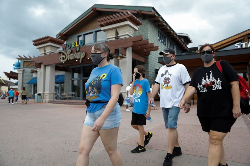 Disney World and other U.S. theme parks update mask rules