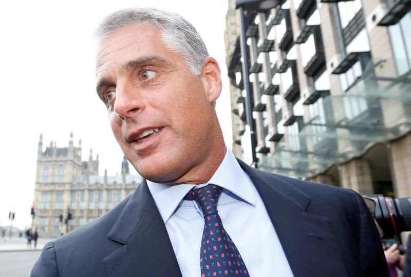 Santander's Botin defends Orcel offer as CEO row reaches court