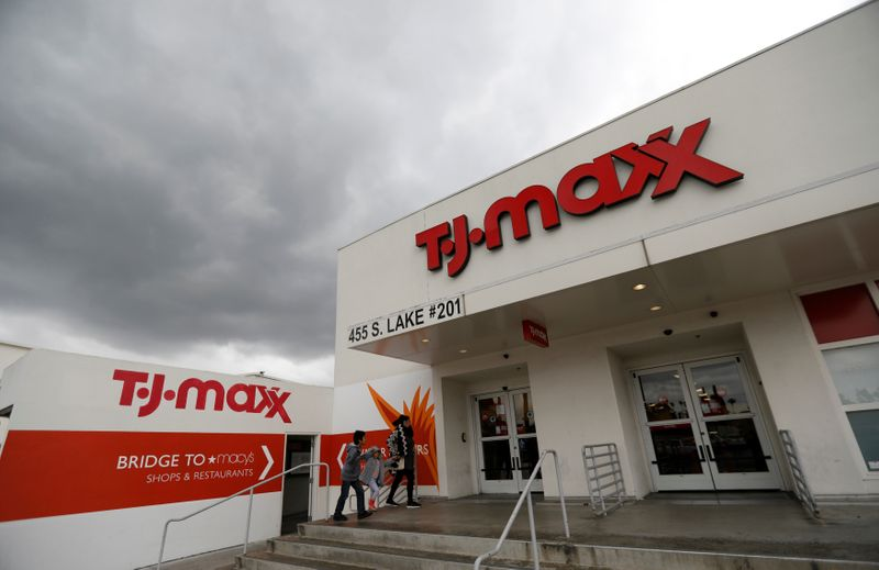 TJ Maxx operator earnings lifted by U.S. reopening, Europe sales drag