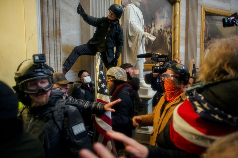 Few plea bargains in U.S. Capitol riot cases as prosecutors stand firm