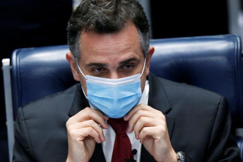 Pacheco defende que Congresso avalie prorrogação do auxílio emergencial e programa fixo de renda