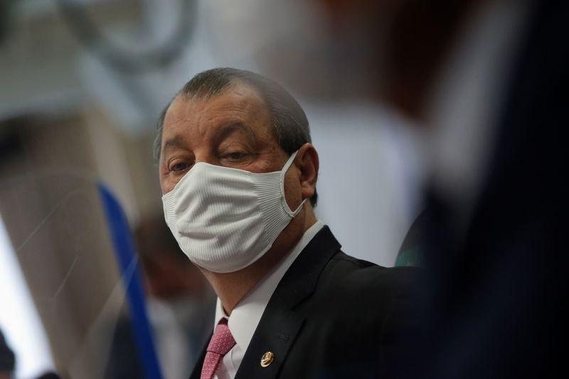 Presidente da CPI sugere que Bolsonaro é