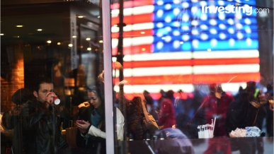 U.S. March consumer confidence sails past forecast