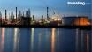 Oil higher ahead of U.S. industry stockpile data