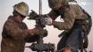 Oil seesaws ahead of EIA stockpiles