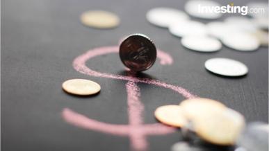 اليورو والذهب يستغلا ضعف السياسة الامريكية والليرة تتكبد الخسائر