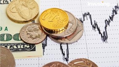 ضعف اليورو يستمر والذهب يرتفع من ادنى مستوياته في شهرين