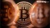 El bitcoin ignora las advertencias sobre una burbuja y toca los 15.000 dólares