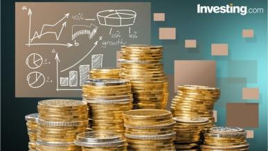اليورو يكمل الهبوط والذهب يتكبد المزيد من الخسائر