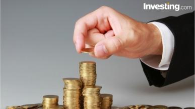 اليورو يصحح والذهب يستغل الضعف المؤقت للدولار
