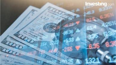 شاهد: اليورو والذهب يتخليا عن المكاسب المبكرة، بتكوين تكمل الهبوط والنفط يصحح