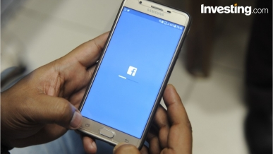Facebook, utili alle stelle e titolo vola nell'After Hours
