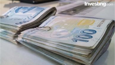 Amerikan doları, Türk Lirası karşısında haftaya düşüşle başladı